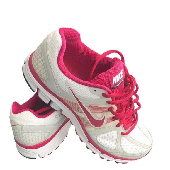 Nike Shoes | Final Sale Nike Pegasus 28